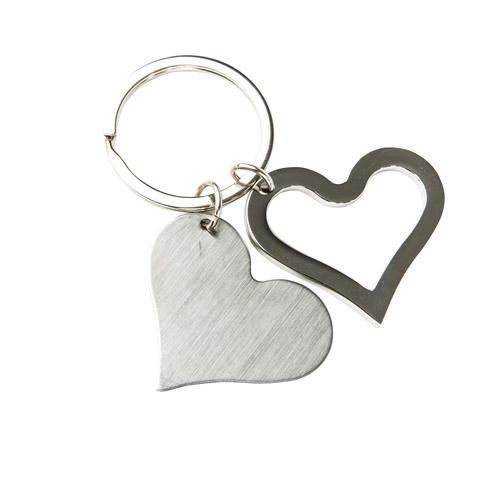 Llavero met�lico doble en forma de coraz�n, placa s�lida y silueta, con arillo reforzado para colgar Material Metal Medidas 4.2 x 3.6 cm